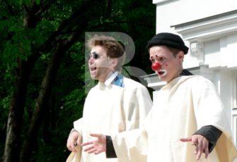 Готовые постановочные номера и инсценировки с клоунами и мимами заказать на мероприятие в МСК и СПб цена, пригласить артистов с готовым выступлением на праздник