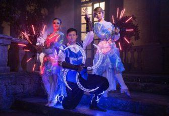 Неоновое световое шоу фриков - выступление 3 артистов заказать на мероприятие в МСК и СПб цена