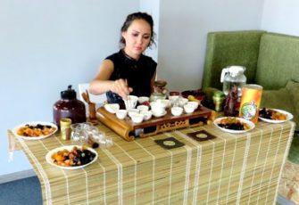 Китайская чайная зона с чайным мастером и реквизитом - заказать на мероприятие в МСК и СПб цена